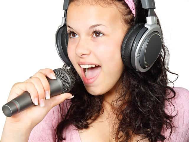 cara melatih vokal suara
