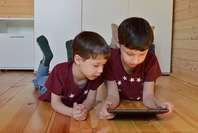 dampak negatif gadget untuk anak usia dini