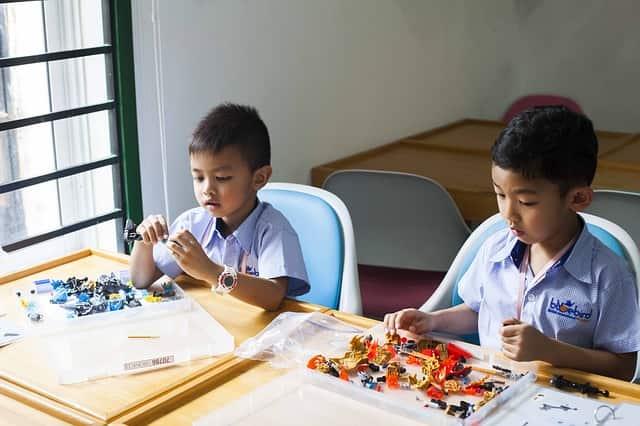 manfaat anak masuk sekolah berbasis agama