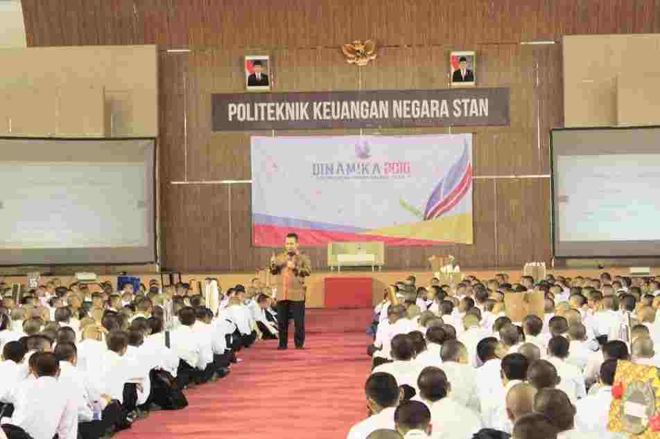 Dokumen yang dipersiapkan masuk PKN STAN