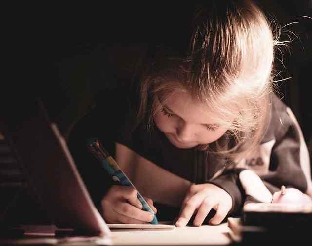 cara mengatur waktu anak belajar